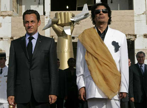 Gadaffi Offered to Fund Sarkozy Campaign 2007!